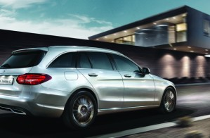 Mercedes C300 Estate chega por R$ 265.900